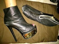 Leather and gold chrome boots size 8.5 Oklahoma City, 73108