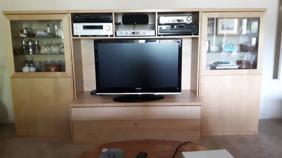Entertainment Center / TV Stand & Display Cabinets 41b5babc-e3a5-4ba1-befa-c48eec0ee2c6