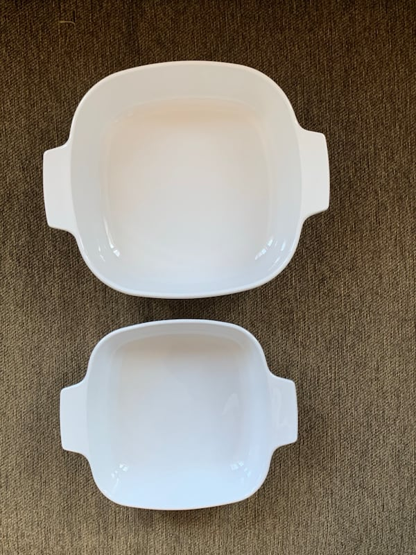 2 CorningWare Dishes w/ Pyrex Lids--Spice of Life 7a59a960-a87d-4683-af3f-386421179f24