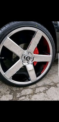 "It's 24"" dubs chrome rims Montréal, H8R 2A8"