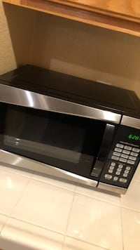 black and gray microwave oven Las Vegas, 89113