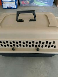 Small dog or cat crate Indio, 92203