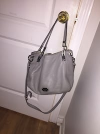Mk purse good condition 25  Whitby, L1R 1V9
