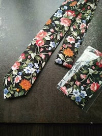 Floral Tie with Pocket Square Burnaby