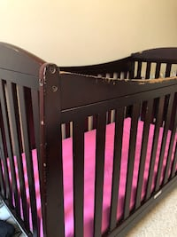 Wood Baby Bed with Mattress VANCOUVER