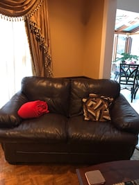 brown leather 2-seat sofa Richmond Hill, L4B 3B9