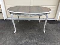 Revitalized kitchen dining table with leaf Bangor, 18013