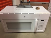 White general electric microwave oven Herndon, 20171