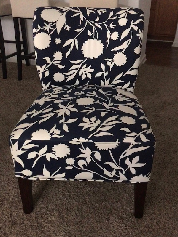 White Accent Chairs Used.Used Brand New Navy Blue Off White Accent Chair For Sale In