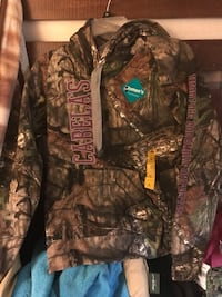 brown and black realtree camouflage zip-up jacket Martinsburg, 25404