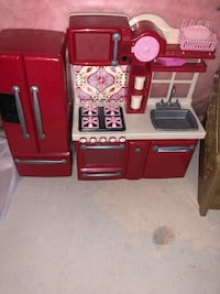 Red and gray kitchen playset