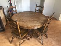 Wooden dining table with 4 chairs Ventura, 93001