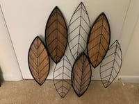 Leaves decor item