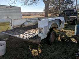 Pick up box trailer