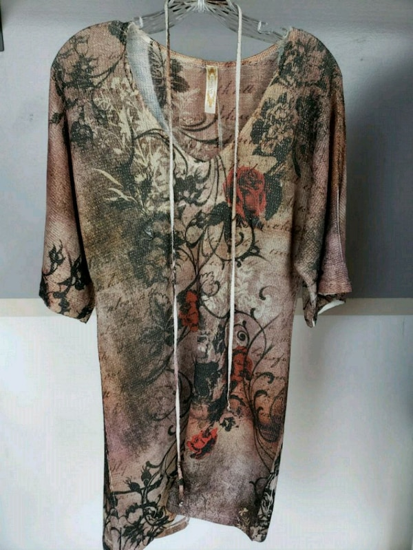 brown and black floral long-sleeved dress