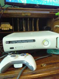 white Xbox 360 console with controller Bakersfield, 93308