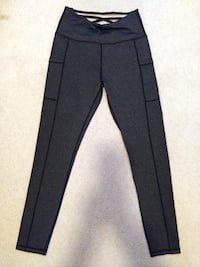 Criss Cross  Sports Leggings Size S (Comfortable Fitting) VANCOUVER
