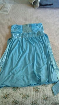 Mini robe de satin
