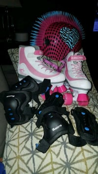 Roller derby skates and gear Converse, 78109