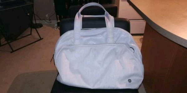 Lululemon Grey Bag a229dbcd-50d6-48bc-90bb-6e37f78a7a17