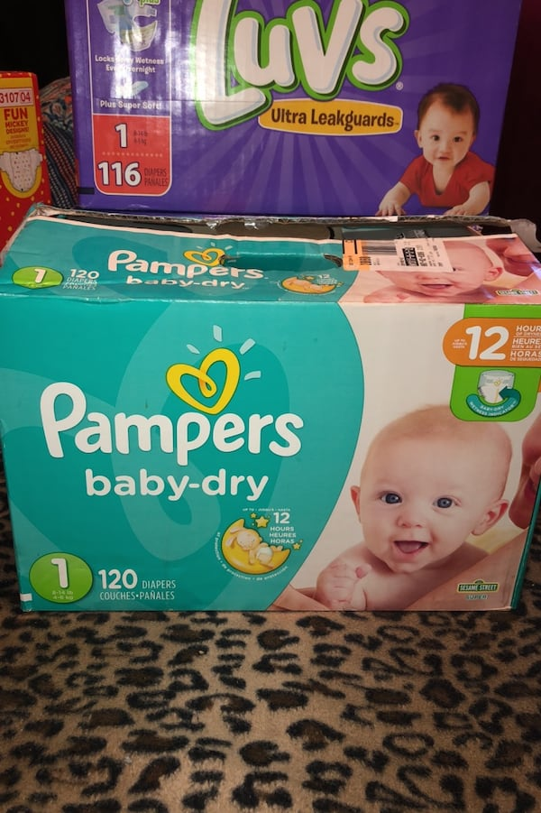Pampers size 1 (already open ) 1c8f576c-1901-4e06-91ea-773900f749d8