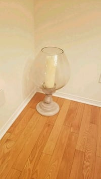 2.25ft tall Glass candle holders 524 km