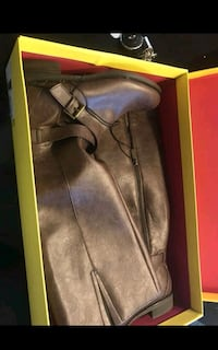 KENNETH COLE REACTION NEW BOOTS for woman Sz. 8.5 El Paso, 79924