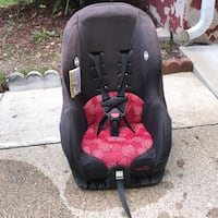 baby's black and red car seat Dearborn, 48126