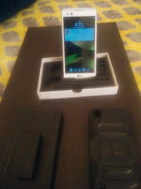 new boost mobile LG tribute HD/with case Des Moines, 50310