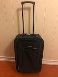 "LIGHTWEIGHT CARRY ON TRAVEL LUGGAGE!  20"" Length, 14"" Width, 7"" Depth Toronto, M1S 1V9"