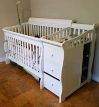 white wooden crib with changing table Falls Church, 22042