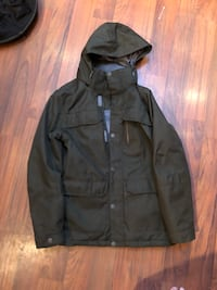 Green firefly coat good condition  3153 km
