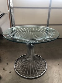 Vintage chrome and glass table Barrie, L4N 0R6
