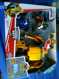 BNIB New Transformers Rescue Bots Toronto, M4C 4X6