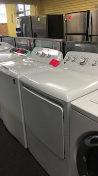 GE set gas Washer And dryer excellent condition  Windsor Mill, 21133