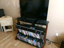 Entertainment center Solid Tempered glass shelving