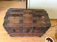 1875 vintage steamer trunk  Highlandville, 65669