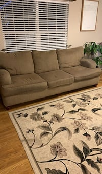 2 Couches and rug
