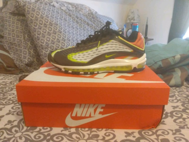 Men's 99 Air Max  Deluxe Size 9.5 1
