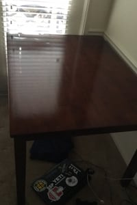 Table w/ 4chairs