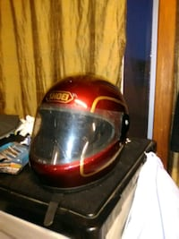 red Shoei full-face helmet Kelowna, V1Y 8C7