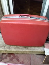 Large vintage hard case luggage Mississauga, L5J 1V6