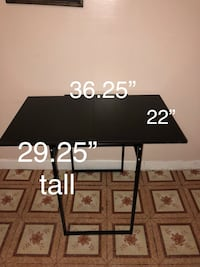 Metal and wood table very solid good condition  Chicago, 60632