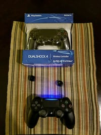 Two ps4 controllers  Woodbridge, 22191