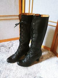 Vince Camuto boots for women, size 6.5 Woodstock