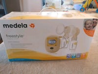 white Medela electric breast pump box Ottawa, K2B 8G5