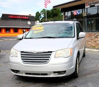 Chrysler-Town and Country-2008 Charlotte