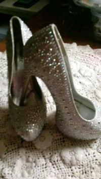 Silver jewelled heels Independence, 64053