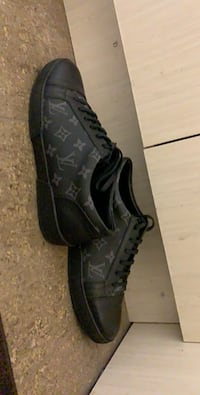 Louis Vuitton match up sneakers