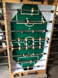 green and brown foosball table Frankfort, 60423